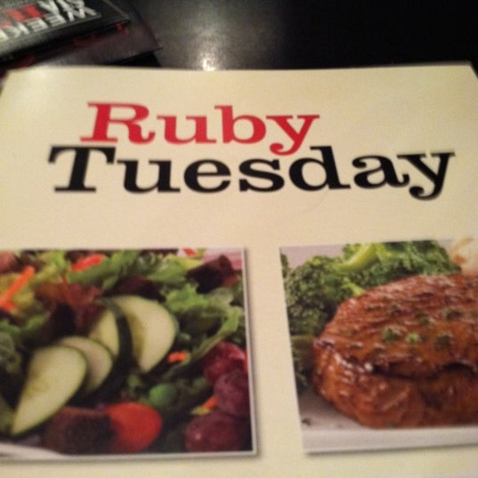 Photo taken at Ruby Tuesday by Richard H. on 9/10/2011