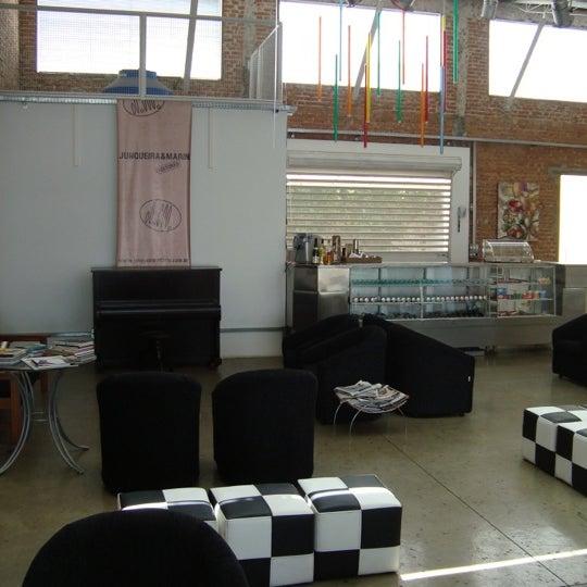 Foto tirada no(a) Espaço Solária por Davi J. em 12/8/2011