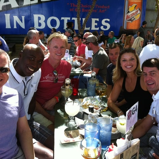 Photo taken at Katy Trail Ice House by Richard M. on 9/5/2011