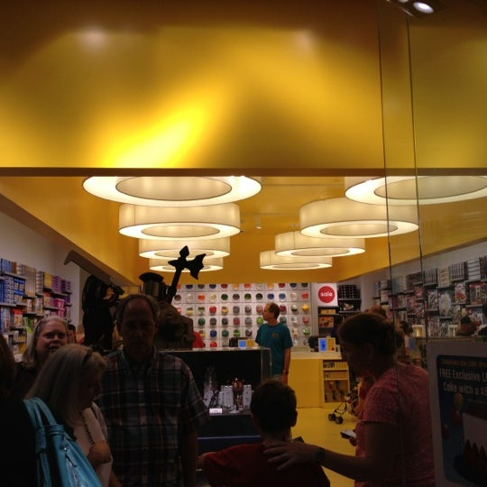 Photos at The LEGO Store - Northwest Raleigh - 16 tips from 1575 ...