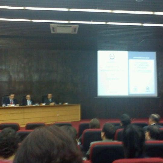 Foto tomada en Universidad Andrés Bello por Camilo I. el 4/12/2012