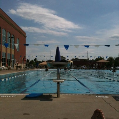 Lifetime fitness aquatics center pool in rochester hills - Spring hill recreation center swimming pool ...