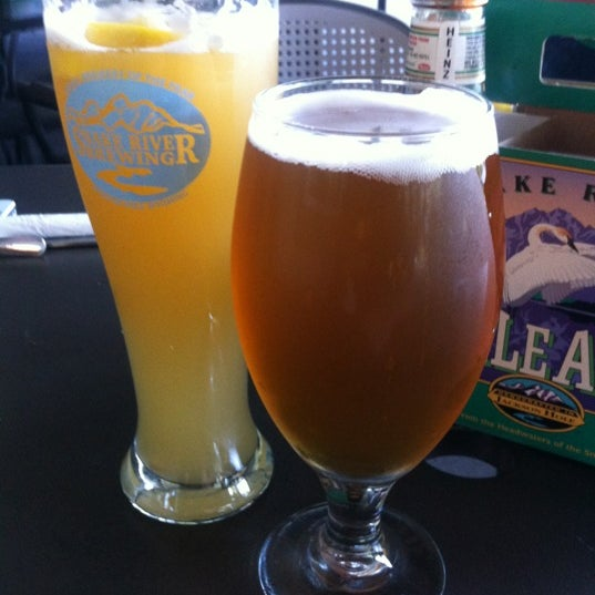 Photo taken at Snake River Brewery & Restaurant by Lawrence O. on 7/9/2012