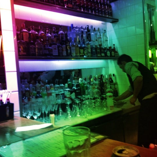 Photo taken at Bar Astor by Mabel A. on 9/9/2012