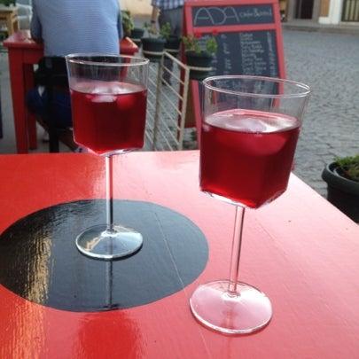 8/26/2012 tarihinde Esraziyaretçi tarafından Ada Cafe'de çekilen fotoğraf