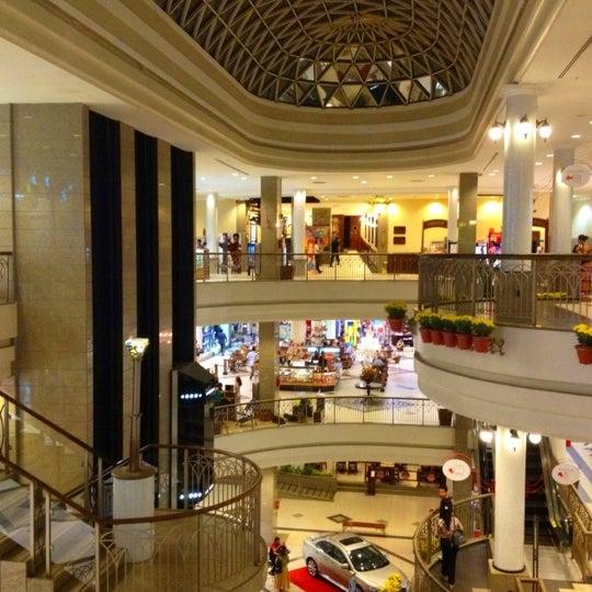 Foto tirada no(a) Shopping Del Paseo por Haroldo F. em 4/19/2012