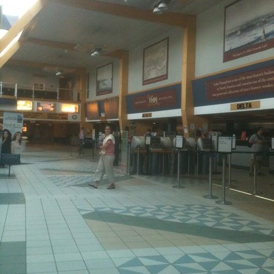 Foto tomada en Burlington International Airport (BTV) por David E. el 5/26/2012