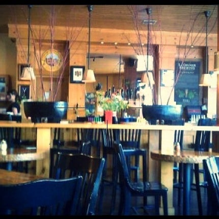 Photo taken at La Conner Brewing Company by Diana F. on 10/27/2011