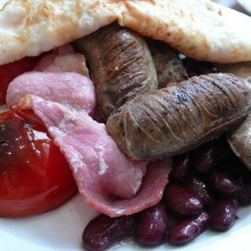 A legjobb reggeli nyomában:http://varosban.blog.hu/2011/07/18/a_legjobb_budapesti_reggeli_nyomaban_fruccola