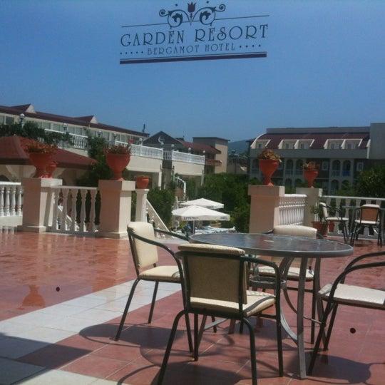 5/31/2012 tarihinde Михаил К.ziyaretçi tarafından Garden Resort Bergamot'de çekilen fotoğraf