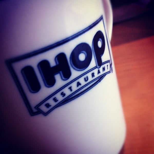 Photo taken at IHOP by Amiery D M. on 4/1/2012