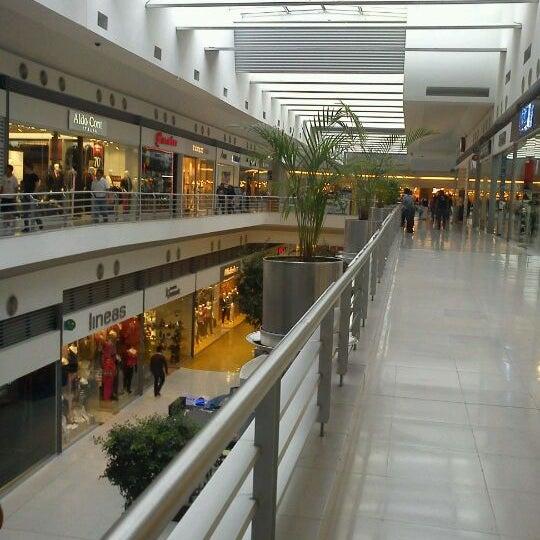 Photo taken at Centro Las Americas by Mijorro on 8/30/2011