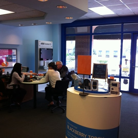 Complete AT&T in Houston, Texas locations and hours of operation. AT&T opening and closing times for stores near by. Address, phone number, directions, and more.