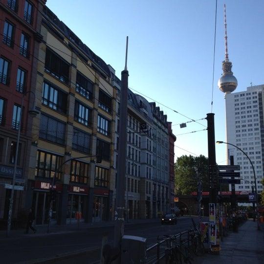 Das Foto wurde bei MUJI von Takashi U. am 6/11/2012 aufgenommen