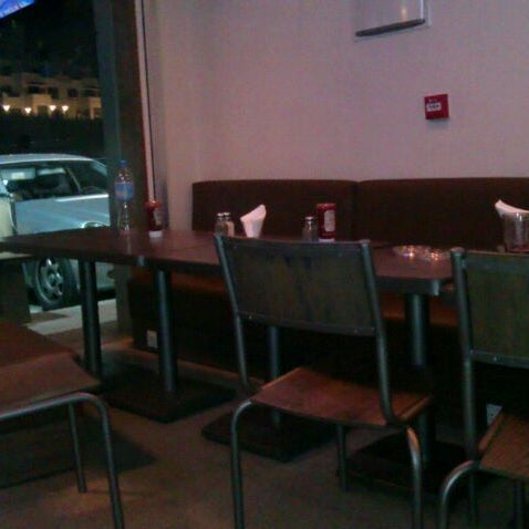 Photo taken at Kalamazoo Grill by Marwan S. on 2/13/2012