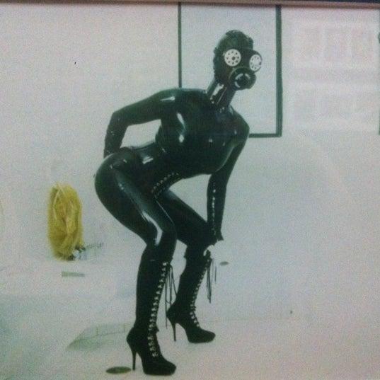 Foto tomada en Museu de l'Eròtica por Natalia K. el 4/15/2012