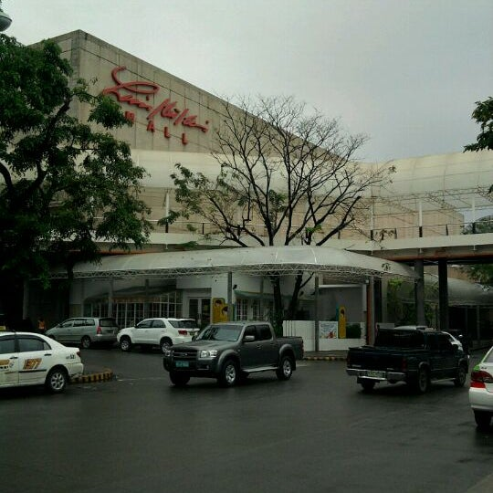 Photo taken at Limketkai Center by Pio R. on 3/5/2011