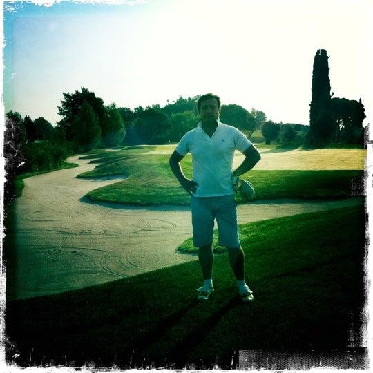 Foto scattata a Golf Club Paradiso da Quentin D. il 8/24/2011