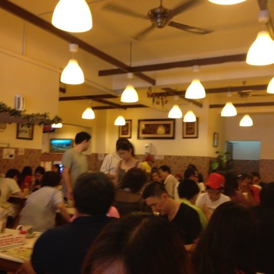 Photo taken at Village Park Restaurant by Daryl T. on 6/30/2012