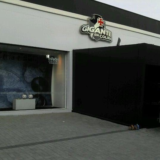 Foto tirada no(a) Mega Loja Gigante da Colina por Licinio J. em 2/8/2012