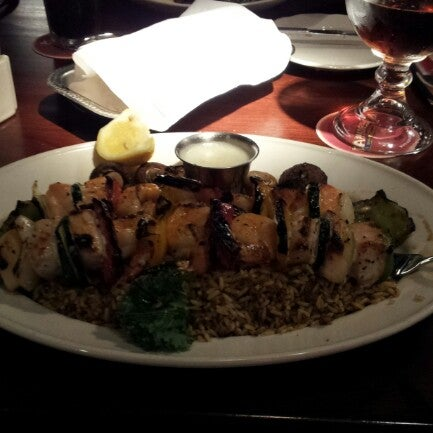 Photo taken at Pappadeaux Seafood Kitchen by Jay G. on 7/18/2012