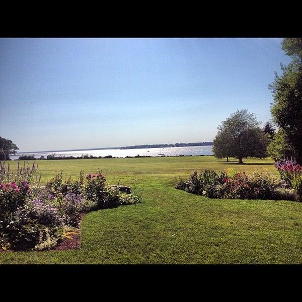 Blithewold mansion gardens arboretum museum in bristol for Blithewold mansion gardens arboretum