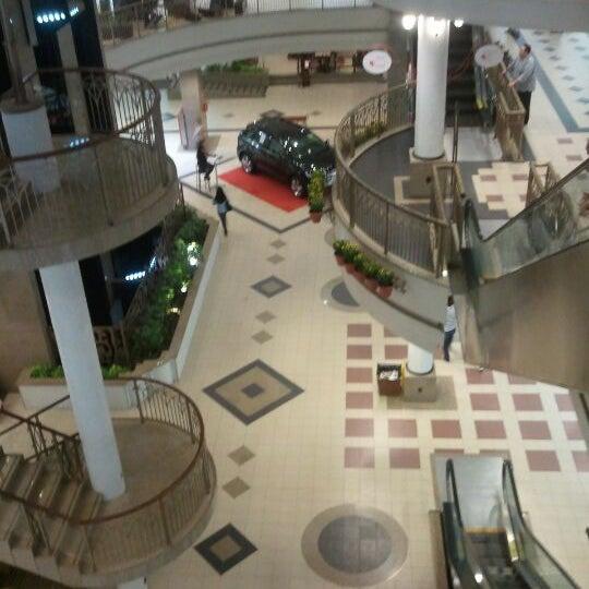 Foto tirada no(a) Shopping Del Paseo por Denilson F. em 5/24/2012