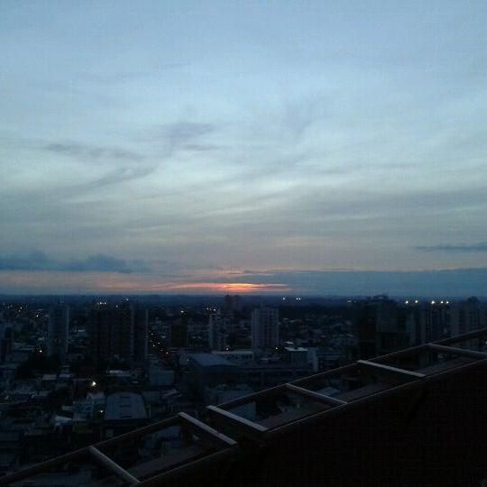 Foto tomada en InterTower Hotel por Romina M. el 5/27/2012