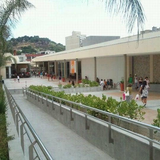 Foto tirada no(a) Partage Shopping São Gonçalo por Miguel Angelo V. em 2/20/2011