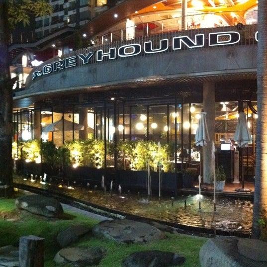 Greyhound Café (เกรฮาวด์ คาเฟ่) (Now Closed)