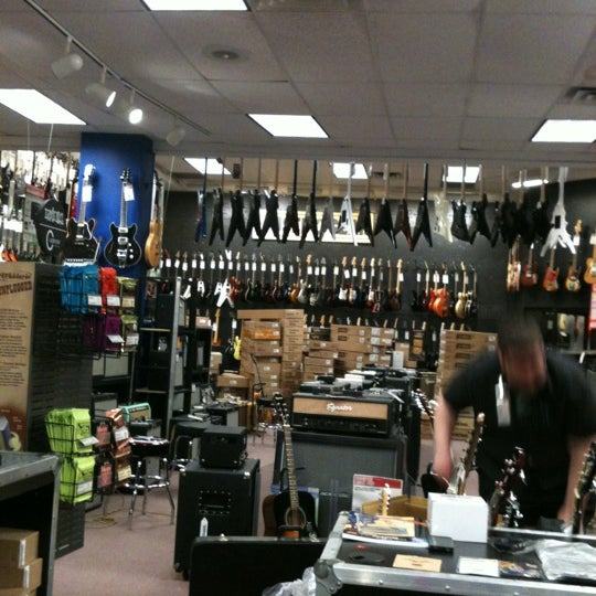guitar center arlington heights il. Black Bedroom Furniture Sets. Home Design Ideas