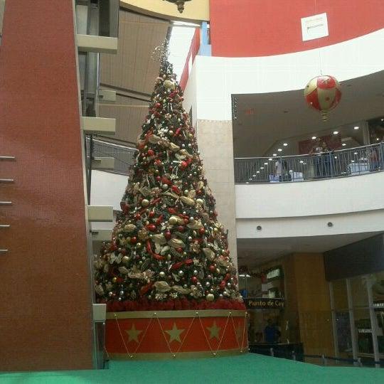 Foto tirada no(a) Mall del Sur por ElBarto em 11/12/2011