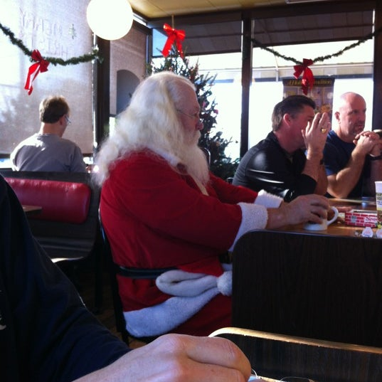 Photo taken at Waffle House by Bill on 12/10/2011