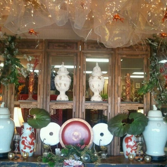 Photo taken at Dragon Court Designs & Interiors by Brian R. on 12/9/2011