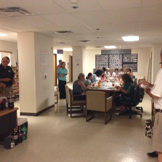 6/26/2012 tarihinde Jeffrey S.ziyaretçi tarafından Classroom Building'de çekilen fotoğraf