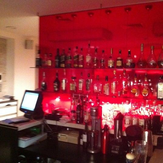 Снимок сделан в resto-bar Гости пользователем Ваня А. 5/9/2012