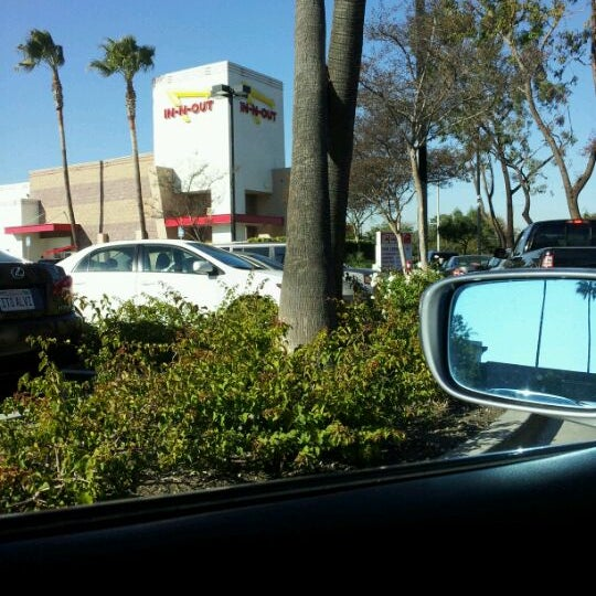 Photo taken at In-N-Out Burger by Marc N. on 12/16/2011