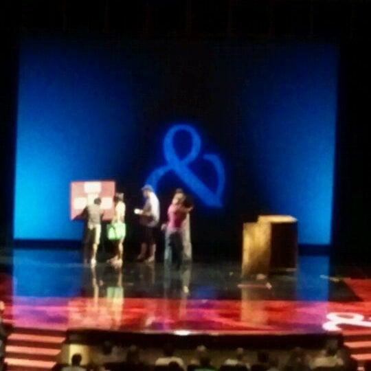 Foto tomada en Penn & Teller Theater por Rita M. el 9/5/2011