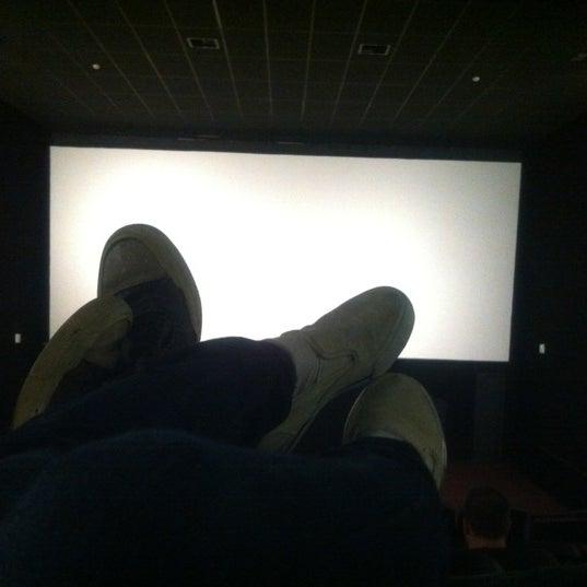Photo taken at Cinespaço Beiramar by Luis Gustavo D. on 5/20/2012