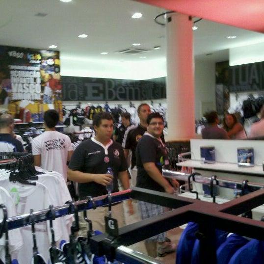 Foto tirada no(a) Mega Loja Gigante da Colina por Daniel G. em 2/9/2012