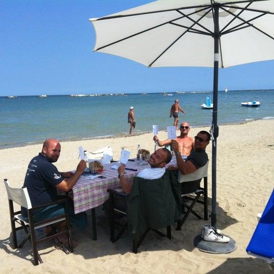 6/7/2012 tarihinde Gianpiero R.ziyaretçi tarafından Bagno Adriatico 62'de çekilen fotoğraf