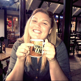 Photo taken at Mugg & Bean by Miss L. on 3/31/2012