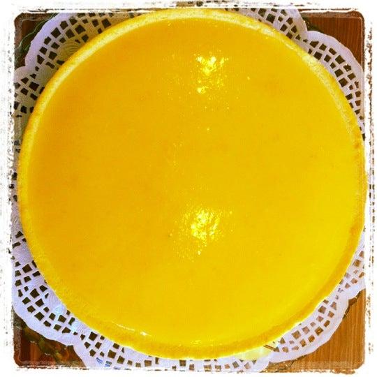 8/10/2012 tarihinde Asliziyaretçi tarafından Maria's Cheesecakes'de çekilen fotoğraf
