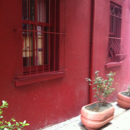 5/20/2012 tarihinde Rana D.ziyaretçi tarafından Masumiyet Müzesi'de çekilen fotoğraf