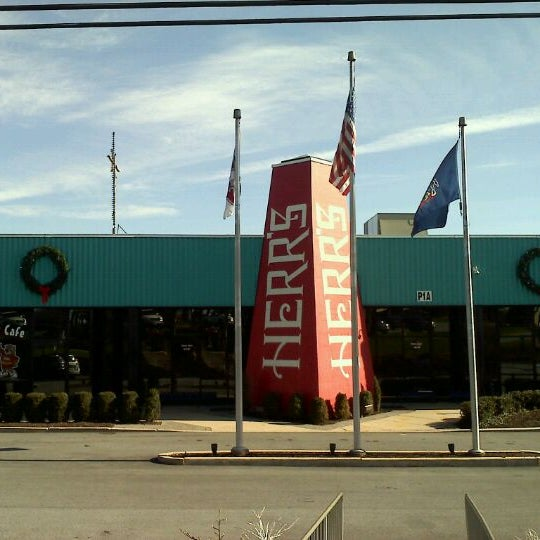 Photo taken at Herr's Snack Factory Tour by Dana A. on 11/25/2011