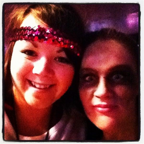 Photo taken at Lakeside Pizza, Sports Bar & Nightclub by Shayla H. on 10/22/2011