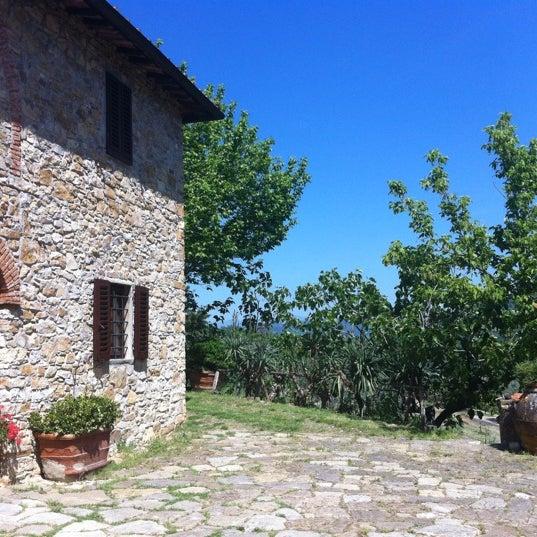 Foto tomada en Fattoria di Poggiopiano por Richard B. el 5/12/2012