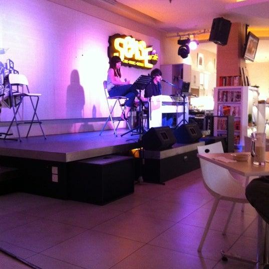 Photo taken at Sense Cafe by Felicia shin on 4/17/2011
