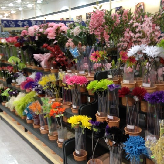 Arts & Crafts Store In Heath
