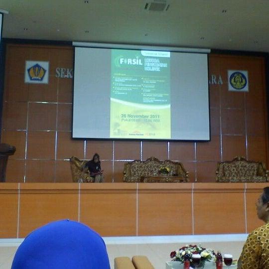 Photo taken at Sekolah Tinggi Akuntansi Negara (STAN) by Heru S. on 11/28/2011